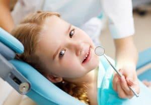 Бебе и преглед на зъбите
